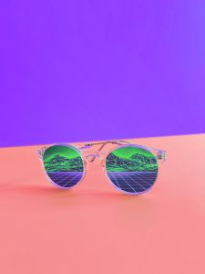 reflect in glasses SEO trends to succes
